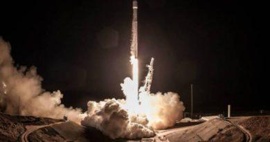 Foguete da SpaceX faz segunda viagem ao espaço e já se prepara para a terceira